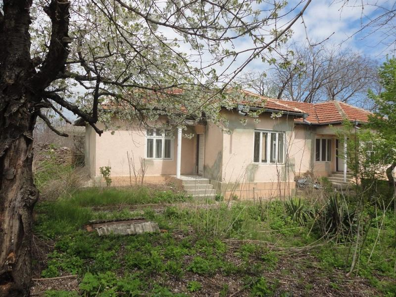 Spacious bungalow in top location 5 min to the sea