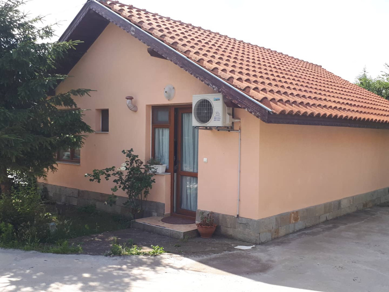 Newly built house 10 min to the sea
