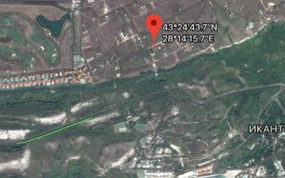 Plot in Topola next to a golf development