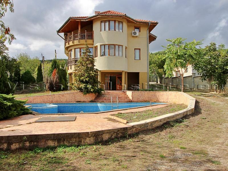 4 Schlafzimmer Haus mit Pool und Meerblick
