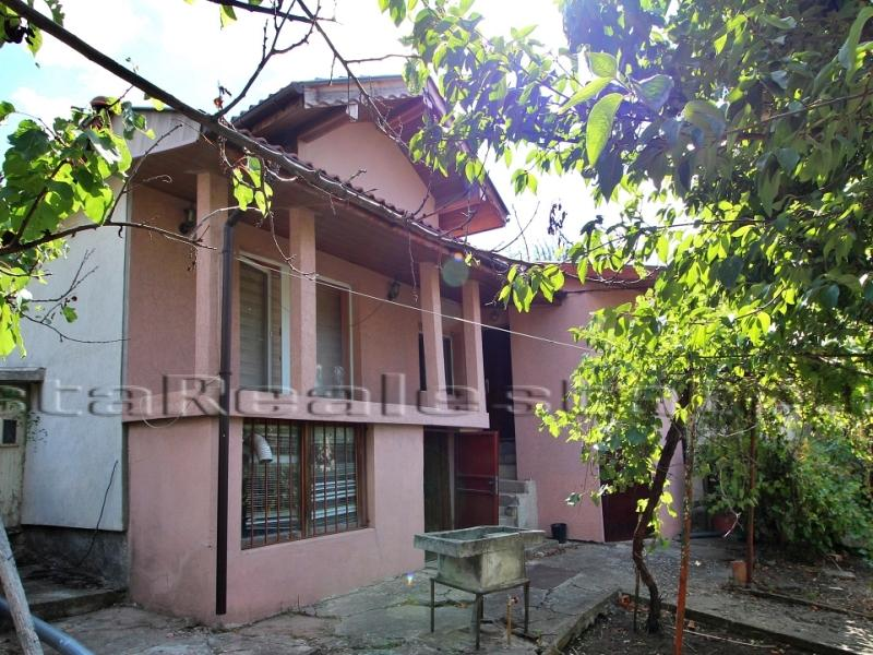 2 bedroom house in Dobrich town