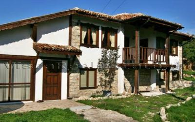 3 bedroom huge house near Varna