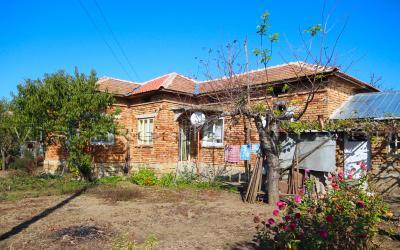 Günstiges Haus in Top-Zustand, in der Nähe einer Stadt