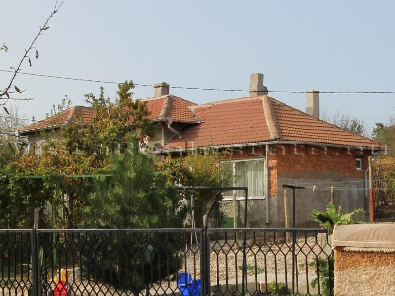 Renoviertes Haus mit zwei Schlafzimmern in einem organisierten Dorf
