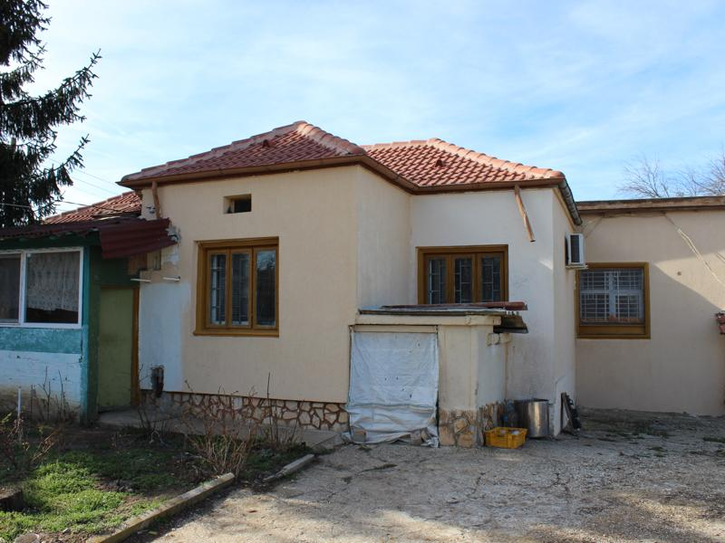 Fully renovated cottage in a nice hilly area