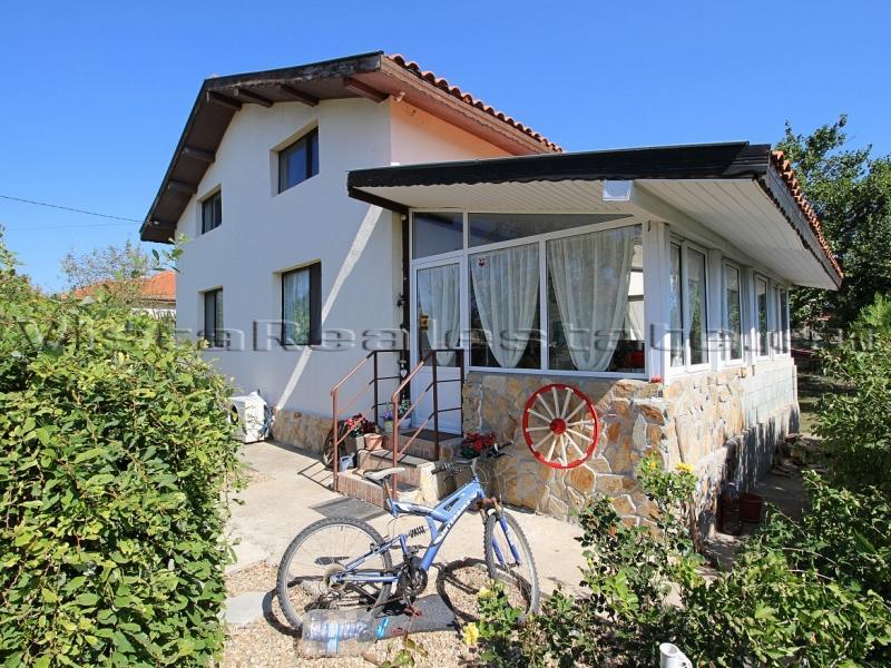 Zweistöckiges Haus Meernähe, Balchik und Dobrich