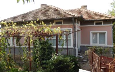 Price reduced!!! Renovated and furnished house in countryside