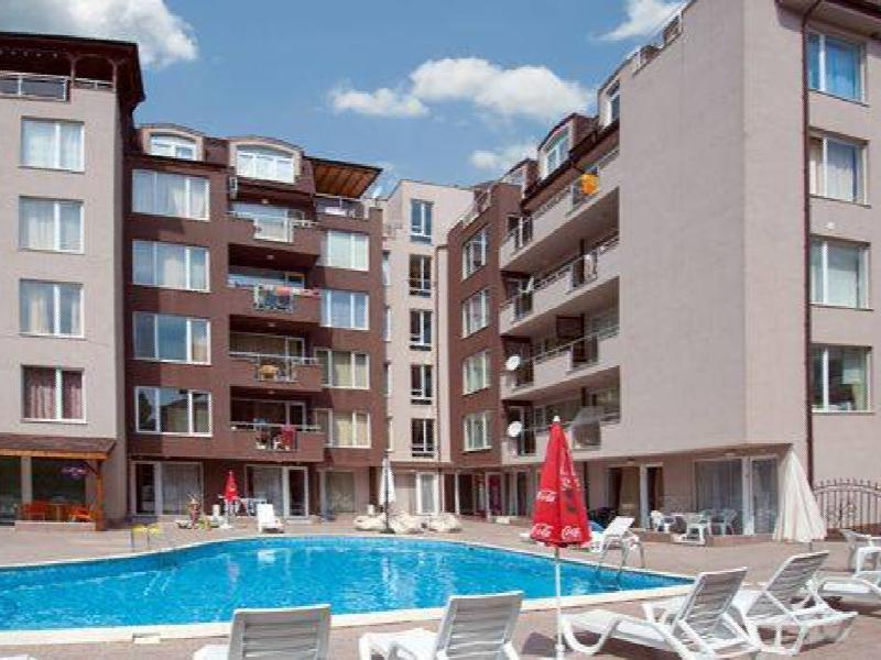 Furnished 1-bedroom apartment  500 meters from Cacao Beach