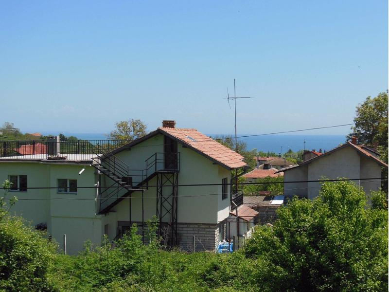 Two-storey villa near Balchik