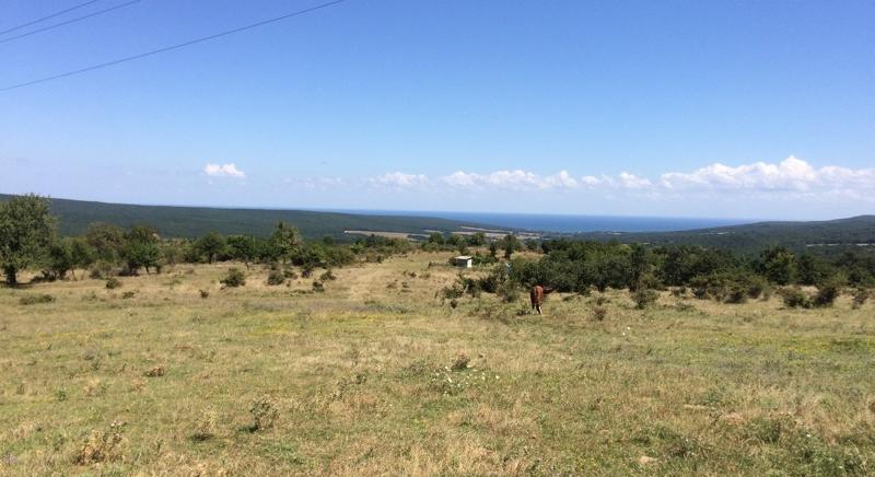 Plot in the mountains with sea view