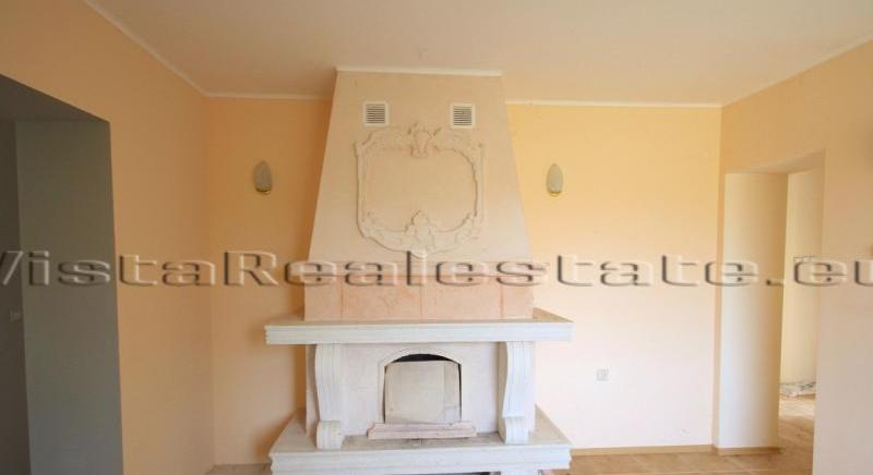 Nice newly built cottage in a hilly area, close to a town