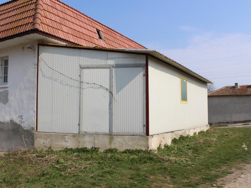 Commercial property for production of food near Varna