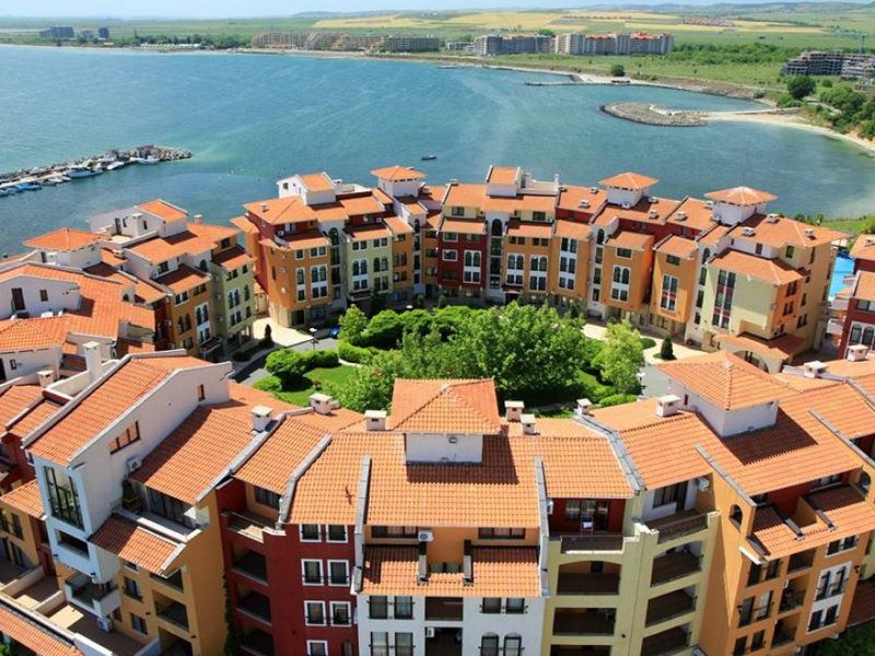 Fully furnished one-bedroom apartment with SEA VIE..