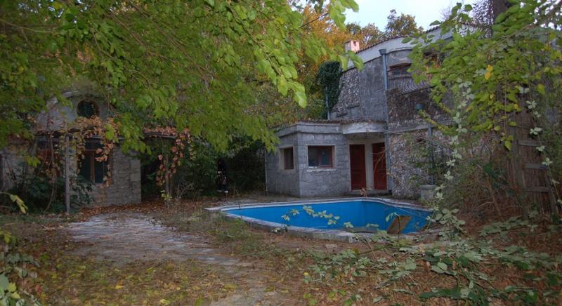Two-storey villa 200 m to the sea