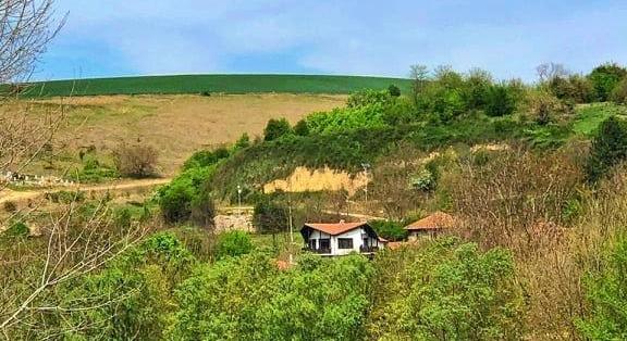 Huge house in a picturesque area, Veliko Tarnovo, Tsenovo