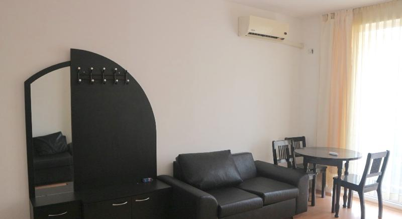 Cheap one bedroom apartment in Sunny Day 5