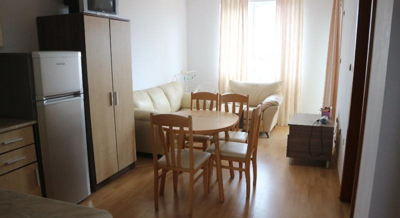 Fully furnished one-bedroom apartment in Sunny Day 3