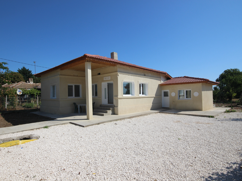 Completely renovated house near a town and the sea