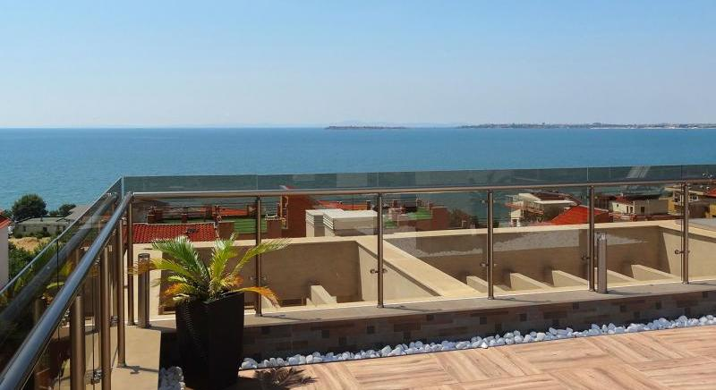 Two bedroom apartment 100 m from the beach