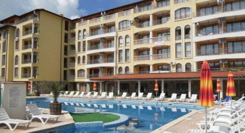 One-bedroom apartment in Royal Dreams complex