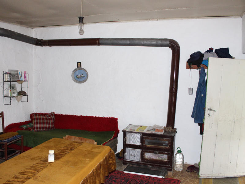 Two bedroom rural house in a nice hilly area