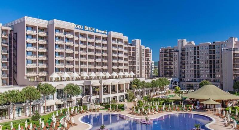 Luxury 1-bedroom apartment 2 min walk to the beach