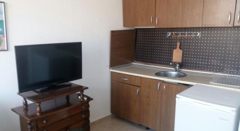 One-bedroom apartment 5 min walk to the beach, Vista Del Mar 2