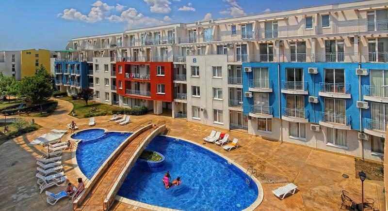 Cheap fully furnished two-bed apartment in Sunny Day 3