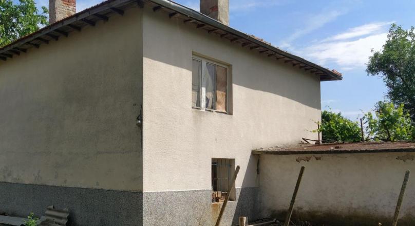 Massive two-storey house for sale with 4100 sq.m yard, Robovo village, Yambol region