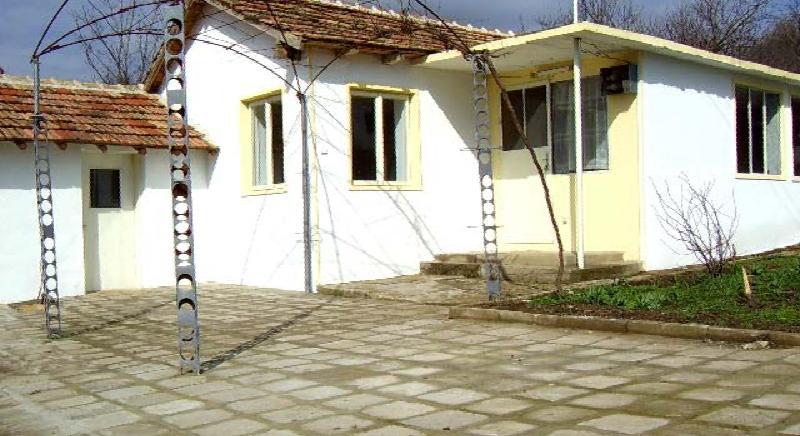Cheap rural house