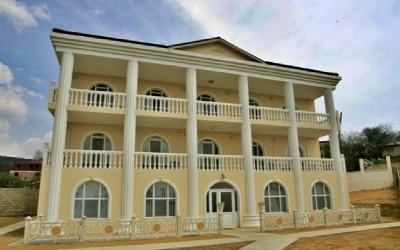 Huge 12 bedroom house in Varna outskirts
